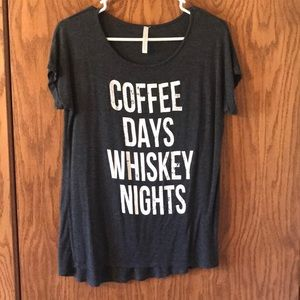 Casual T-shirt COFFEE DAYS WHISKEY NIGHTS